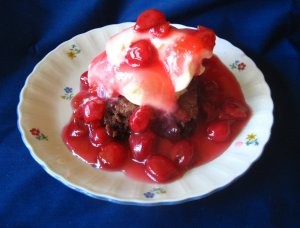 chocolate cherry brownie sundaes