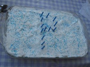Birthday cake with the letter 'P'